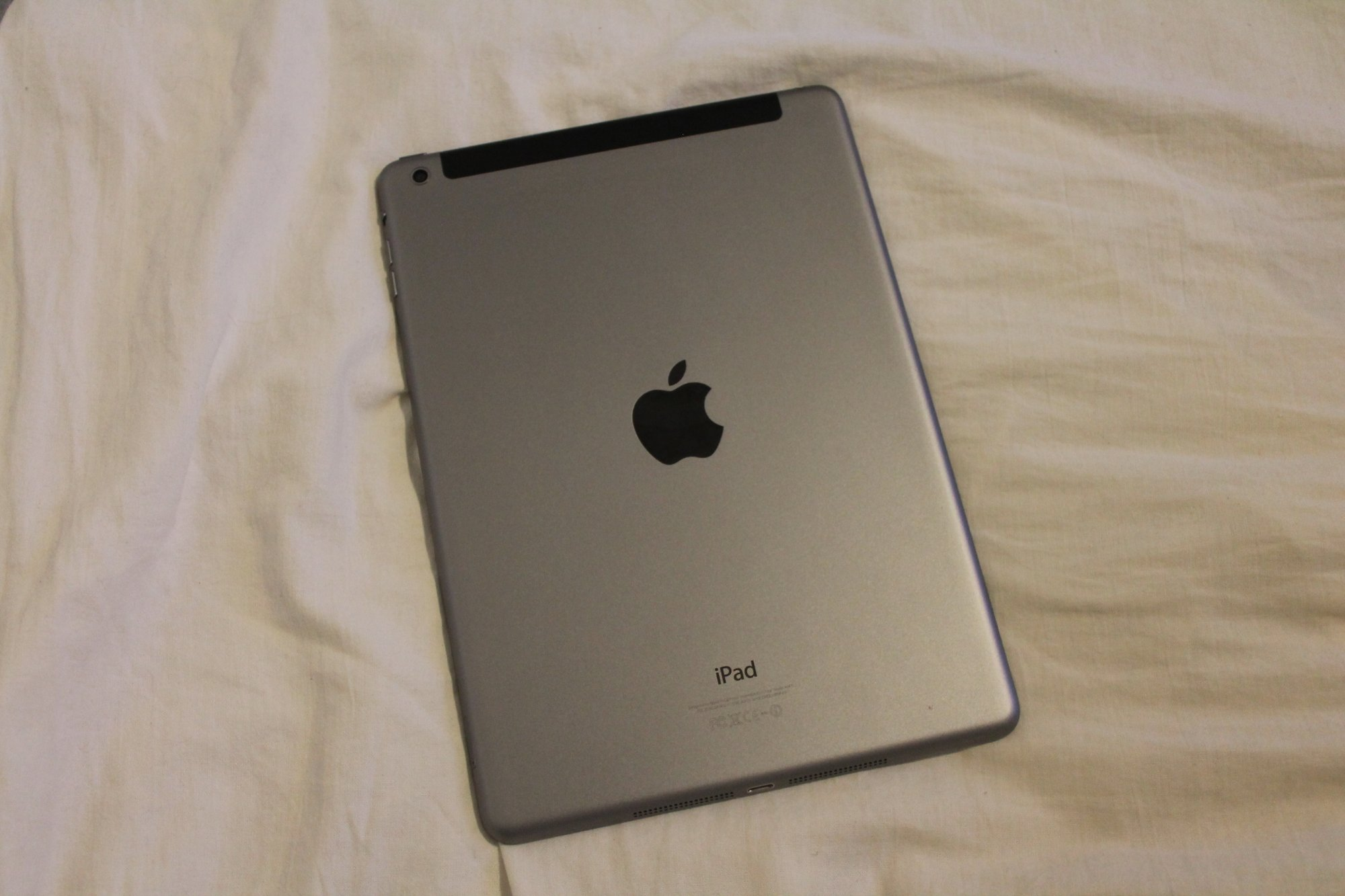 IPad : What is the difference between wifi and cellular, apple Set up cellular data service on your, wi-Fi